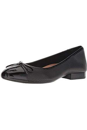 Aerosoles Women's Outrun Ballet Flat, Black Leather