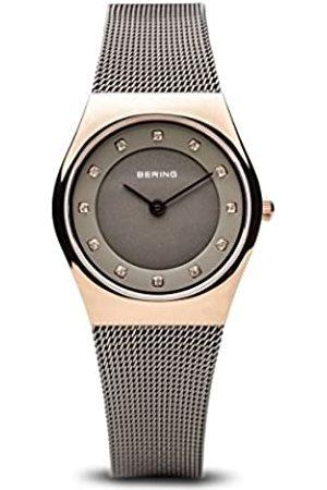 Bering Damen Analog Quarz Classic Collection Armbanduhr mit Edelstahl Armband und Saphirglas 11927-369