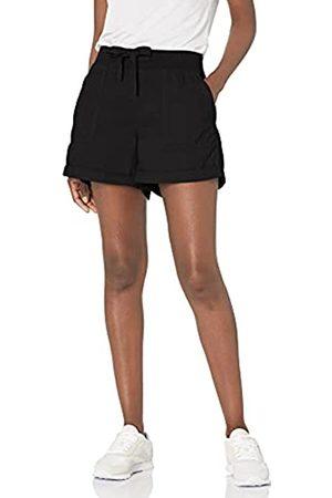 "Calvin Klein Performance Damen Rolled Hem Rib Waistband Shorts 4 1/2"" Inseam Cargohose"