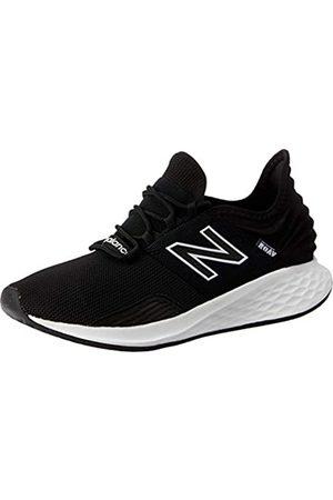 New Balance Men's Fresh Foam Roav v1 Running Shoe (Black/White