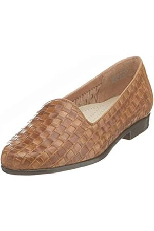 FrenchTrotters Women's Liz Loafer