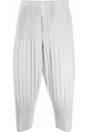 HOMME PLISSÉ ISSEY MIYAKE Cropped-Hose mit plissiertem Detail