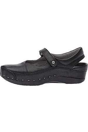Wolky Women's Strap-Cloggy Black Pull Up Leather 41 European