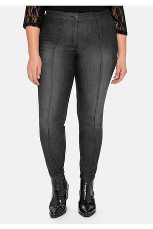 sheego by Joe Browns Stretch-Jeans »die Schmale«, mit streckenden Biesen