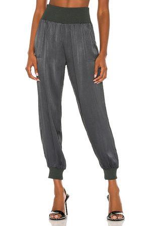 Bobi BLACK Sleek Textured Pant in . Size S, M, L.