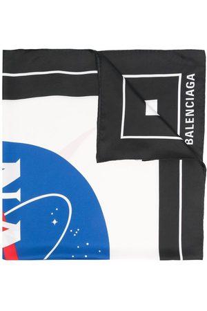 Balenciaga Schal mit NASA-Print