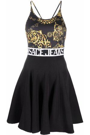 Versace Jeans Couture Ausgestelltes Kleid