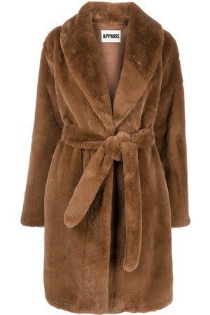 Apparis Faux-Fur-Mantel mit Gürtel