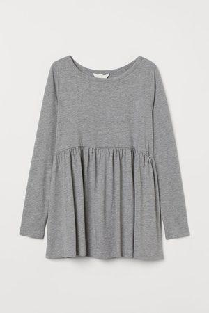H&M MAMA Shirt aus Modalmischung