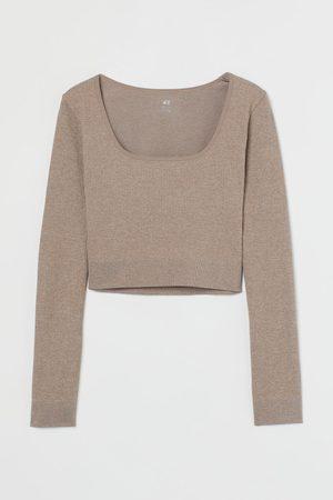 H&M Seamless Shirt