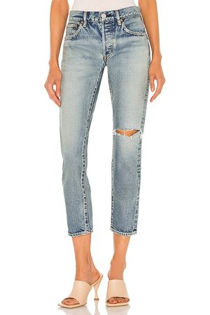 Moussy Leonard Tapered in . Size 24, 25, 26, 27, 28, 29, 30, 31.