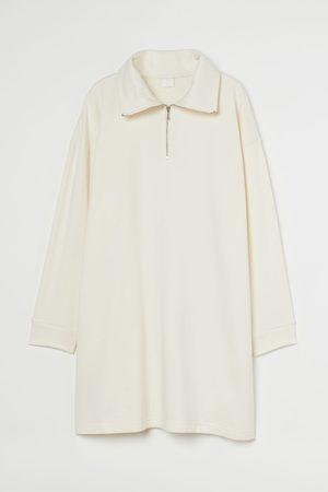 H & M Sweatkleid mit Kragen