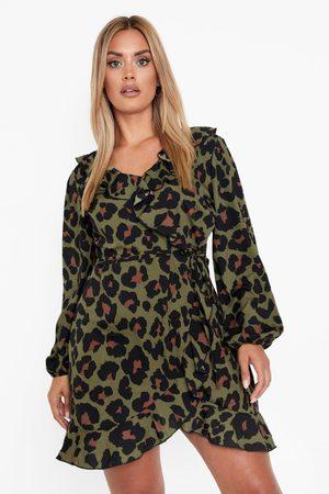 Boohoo Womens Plus Langärmliges Wickelkleid Mit Rüschen - - 42
