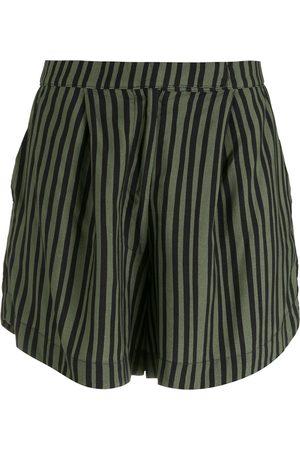 OSKLEN Damen Shorts - Lockere Shorts mit Nadelstreifen