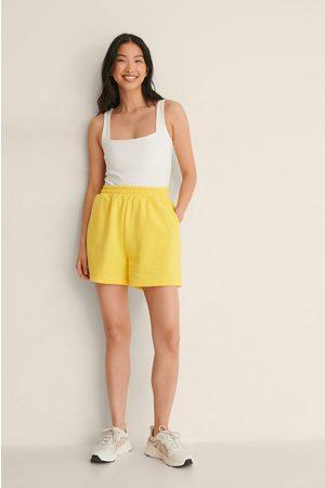 NA-KD Bio-Shorts Mit Elastischem Taillenbund - Yellow