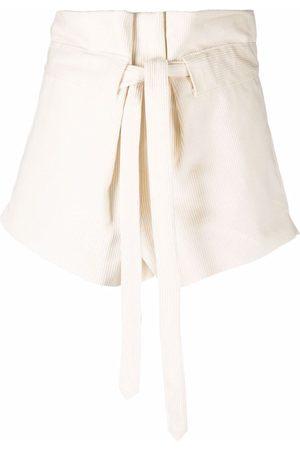 WANDERING Klassische Shorts