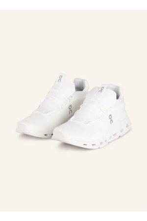 On Damen Sneakers - Textil. Sockenähnliche Kstrukti. Gepolsterter Schaftrand. Zuglasche an der Zunge. Gepolsterter Fersenbereich. Fersenlasche zum erleichterten Anziehen an der Hinterkappe. Herausnehmbare, vorgeformte Innensohle. Speedboard™-Technologie f