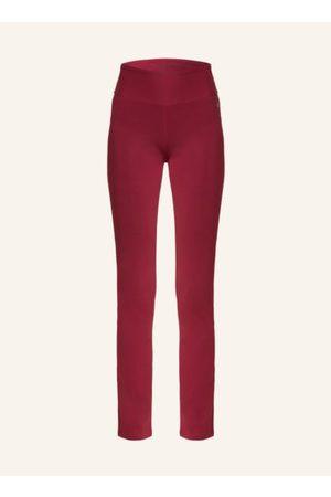 DEHA Passform laut Hersteller: Slim Fit. Leicht ausgestelltes Bein. Breiter elastischer Taillenbund. Logo-Print am Bund. Elastische Bio-Baumwolle. Made in Italy
