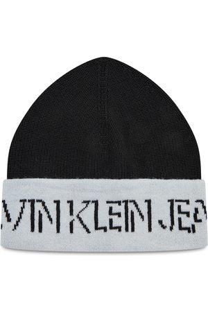 Calvin Klein Shadow Logo Knit Beanie K60K608676 YAF