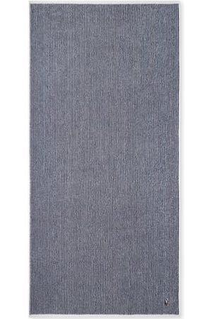 Ralph Lauren Poloshirts - Die kuscheligen Jacquard-Handtücher von aus 100% luxuriöser Baumwolle präsentieren sich in klassischen Farbkombinationen. Sie überzeugen mit ihrem sportlichen Look, den hochwertigen Eigenschaften, lassen sich in der Waschmaschine