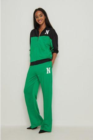 NA-KD Trend Pullover mit Reißverschluss und Farbblöcken - Multicolor