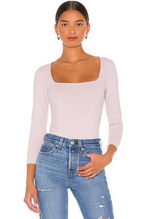 Free People Damen T-Shirts, Polos & Longsleeves - Truth Or Square Bodysuit in . Size S, M, XS.