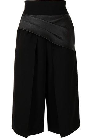 MATICEVSKI Damen Shorts - Shorts mit gerafftem Einsatz