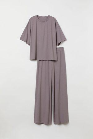 H&M Schlafshirt und Hose