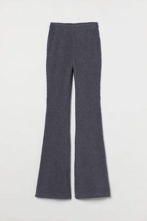 H&M Ausgestellte Leggings