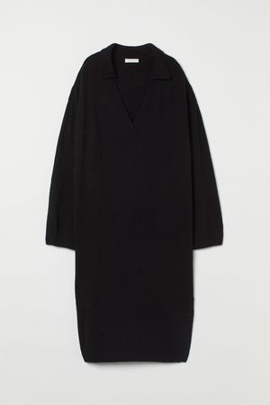 H&M Strickkleid mit Kragen