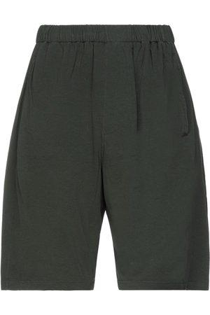 BASSIKE HOSEN & RÖCKE - Shorts & Bermudashorts