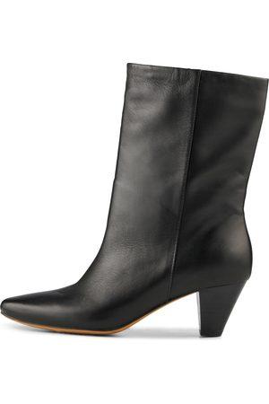 Shoe The Bear Boots ' GITA